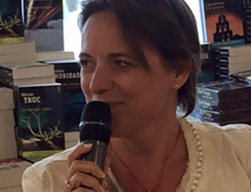 Interview d'Isabelle Wats chez Filigranes pour la sortie de son livre «Que veux-tu vraiment?»